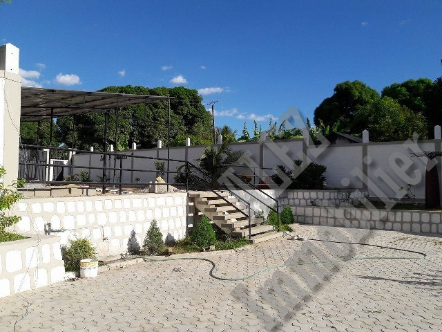 LOC . Maison MEUBLEE & Equipée dans résidence sécurisée - Majunga(Madagascar)